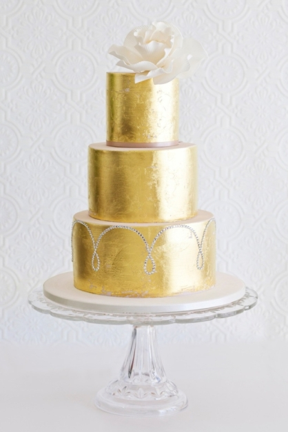 southboundbride-sparkle-metallic-wedding-cakes-004