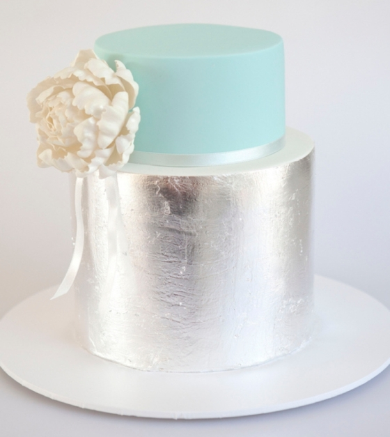 southboundbride-sparkle-metallic-wedding-cakes-007